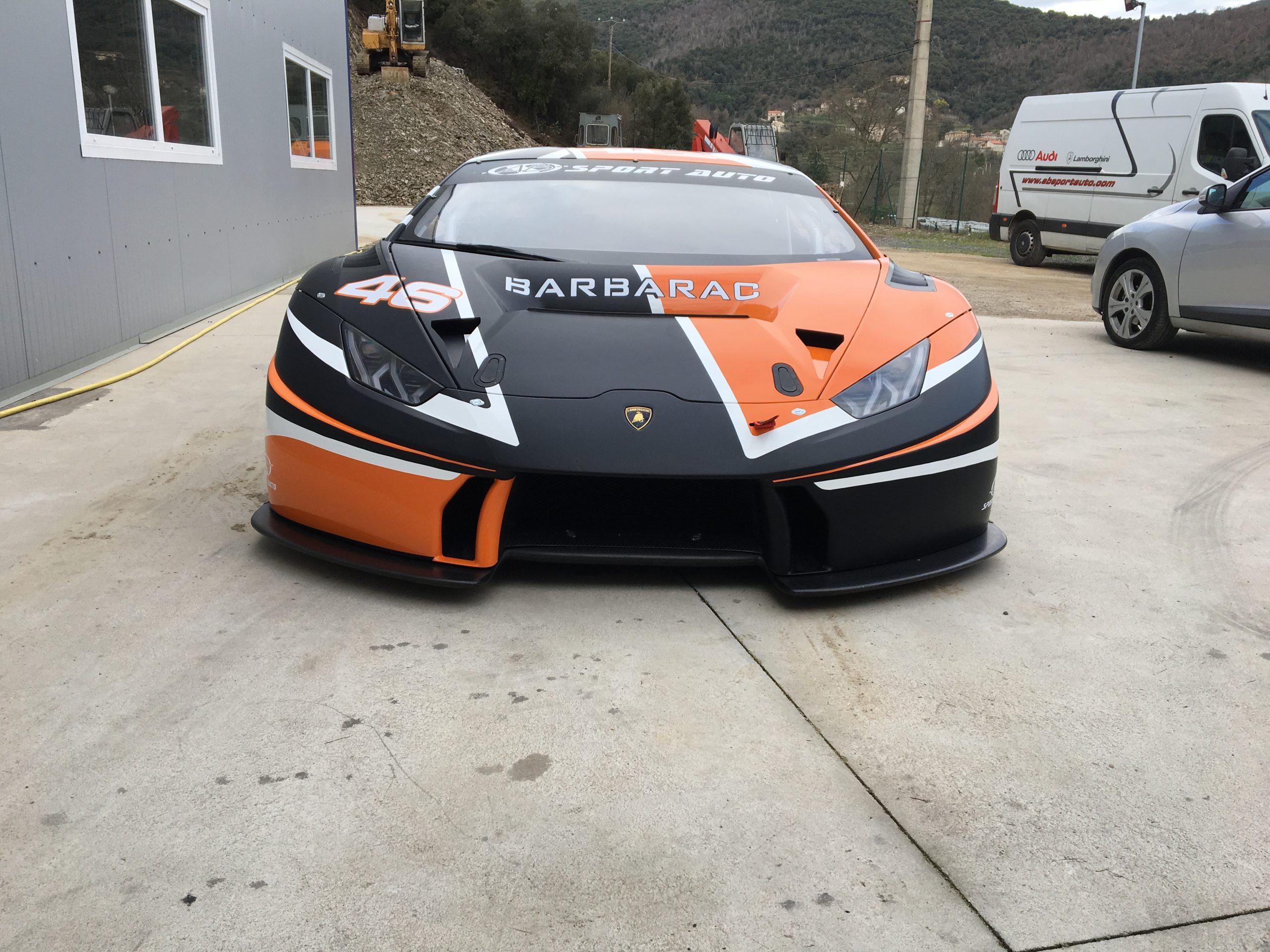 Notre Huracan GT3 a ses nouvelles couleurs